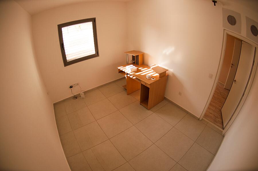 חדר המשחקים- לפני